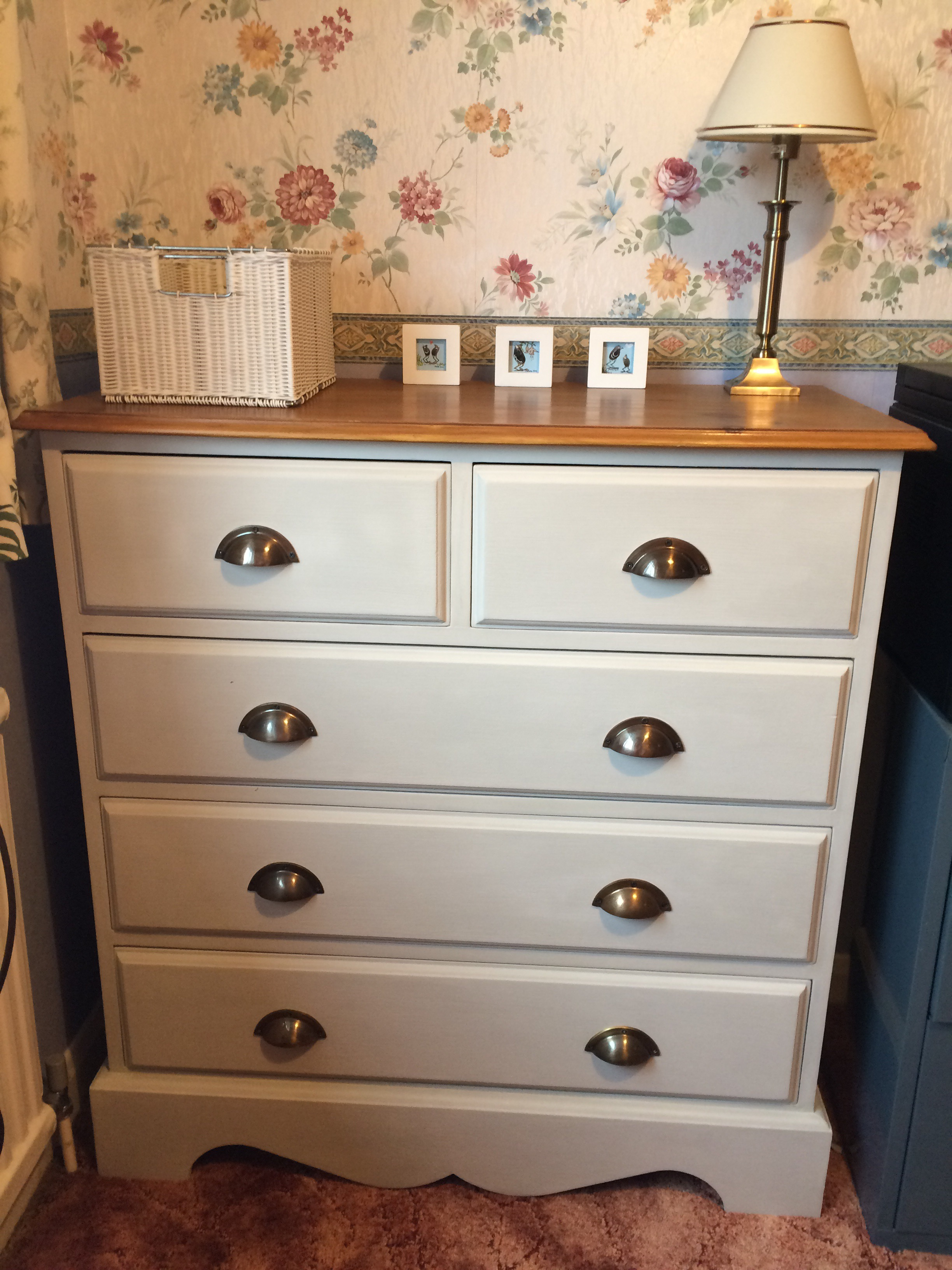 Pine chest of drawers makeover paintobsessed Handles for bedroom furniture
